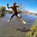 شاهد رجل يسير على الحبل فوق بحيرة من التماسيح الجائعة