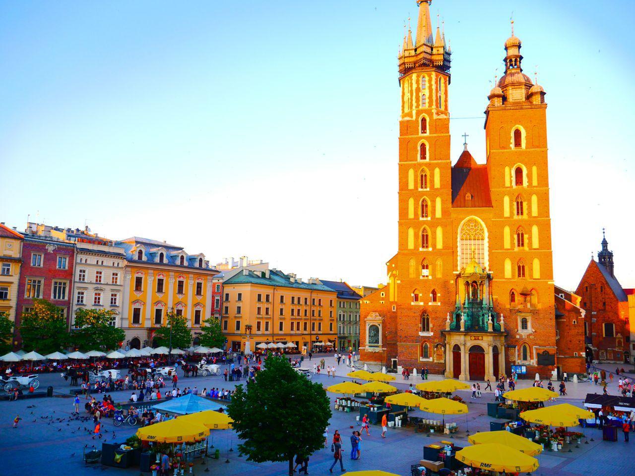 Krakow Poland  City pictures : St Marys Basilica Krakow Poland
