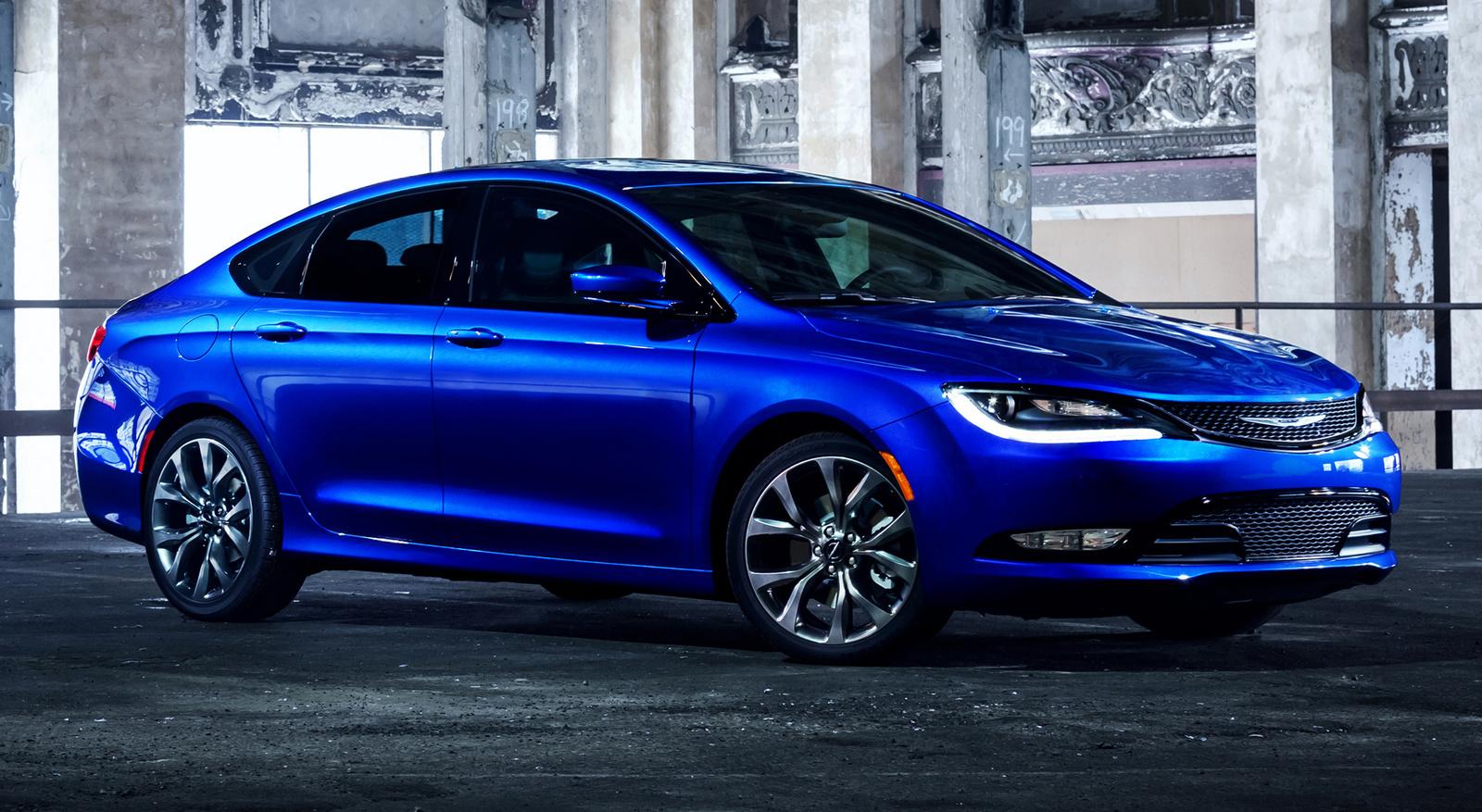 Chrysler 200 2016 المرسال