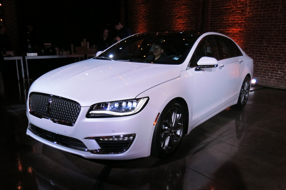 2017 The-new-Lincoln-MKZ-