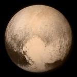 """ناسا تعلن اول مركبة فضائية تلتقط صور للكوكب القزم بلوتو """" فيديو """""""