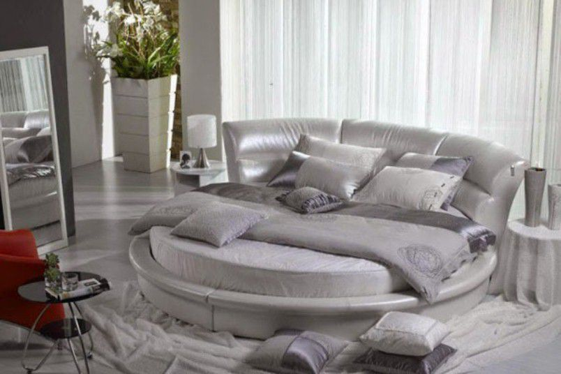 Bold Colors Bed