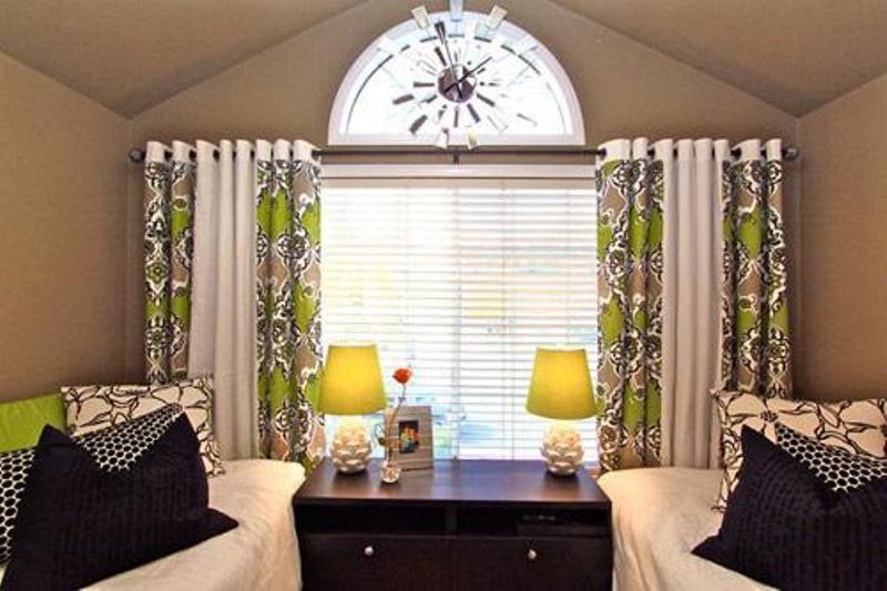 تجديد المنزل بأفكار ذكية Curtains.jpg