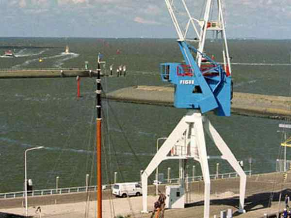 Dockside Crane Hotel, Harlingen, Netherlands