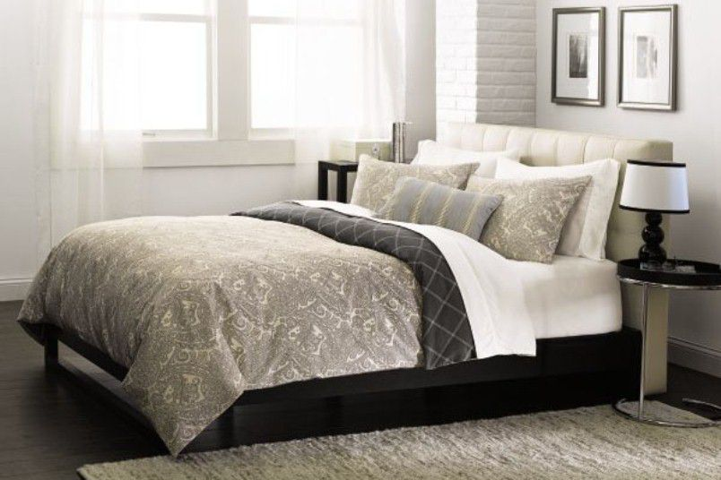 تجديد المنزل بأفكار ذكية Linens-Bed.jpg