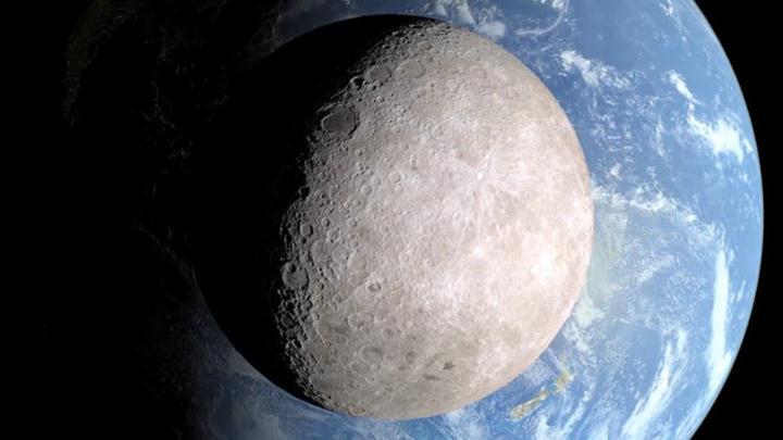 معلومات و حقائق لا تعرفها عن القمر الوجه-المظلم-للقمر.jpg