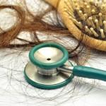 علاقة تساقط الشعر بالإجهاد و التغيرات الهرمونية