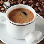 شرب القهوة لايزيد سرعة ضربات القلب