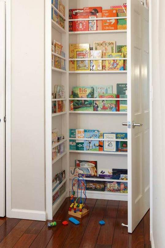 حلول عملية لترتيب المساحات الضيقة في منزلك Shelves-of-childrens