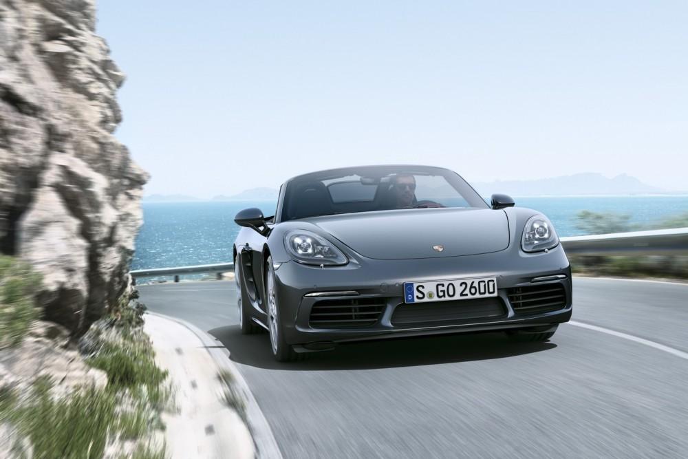 السيارة 2017 The-new-Porsche-718-