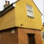 عرض أكثر منزل مسكون بالجن في بريطانيا للبيع
