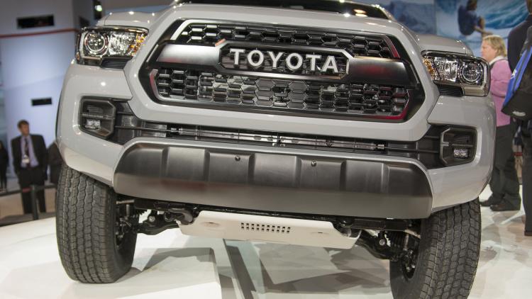 الشاحنة بيك اب تويوتا تاكوما 2017 الجديدة المرسال