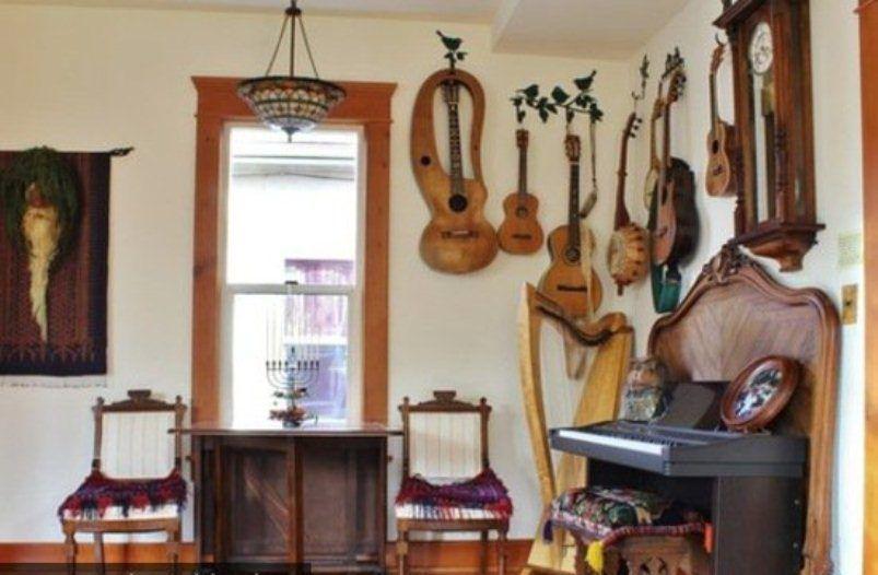 الأدوات الموسيقية