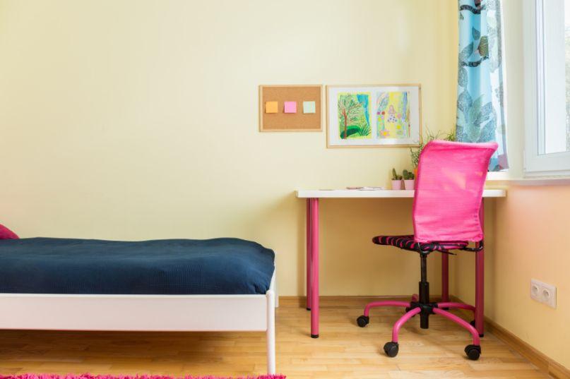 المكتب الصغير