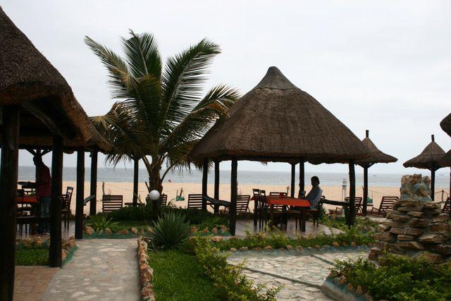 السياحية في انغولا The-Island-of-Luanda