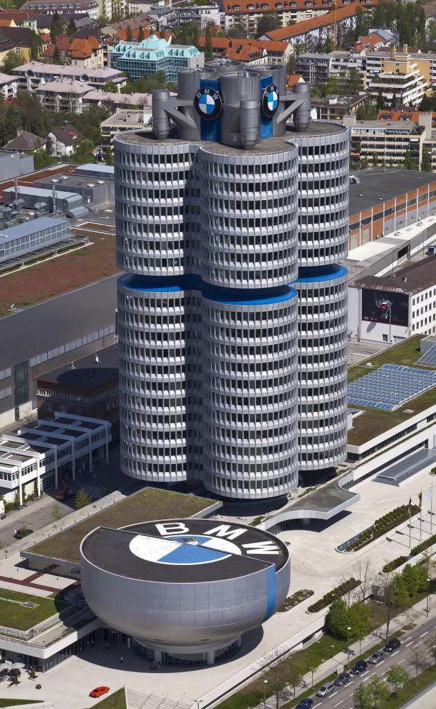 افضل شركات تصنيع السيارات العالم BMW-630x1024.jpg