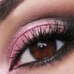 طريقة مكياج العيون المبطنة بالصور