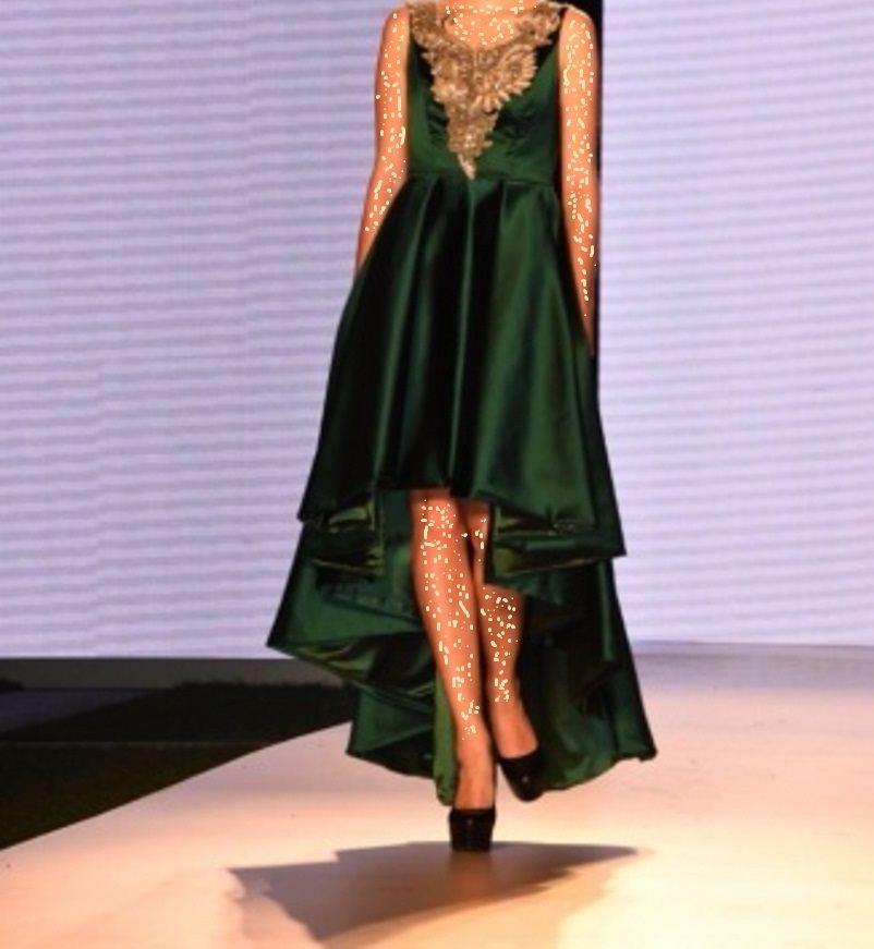 c6c1ccf0d موديلات مبهرة في أسبوع الموضة العربي   المرسال