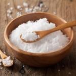 الملح .. أسرار جمالية للعناية بالبشرة