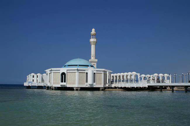المسجد العائم في جدة