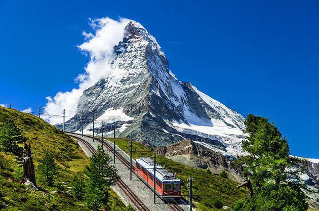 المناطق السياحيه فى سويسرا