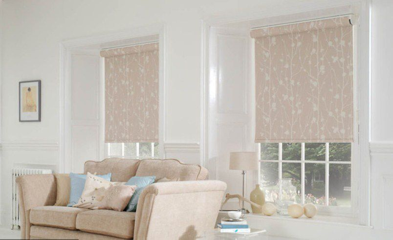 Wooded Roman Curtains