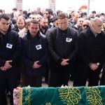 """نجوم تركيا يبكون """" أينور قنبور"""" نجمة تركية قُتِلَت بطريقة شنيعة"""