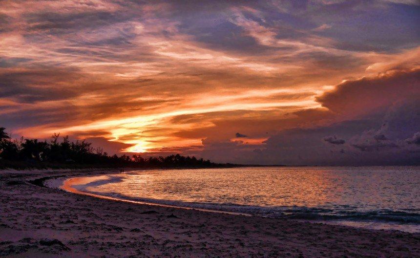 أفضل شواطئ العالم للسباحين tailand.jpg
