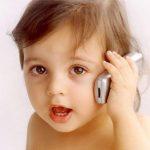 تضعف الأجهزة الذكية والهواتف المحمولة على صحة طفلك - 337061