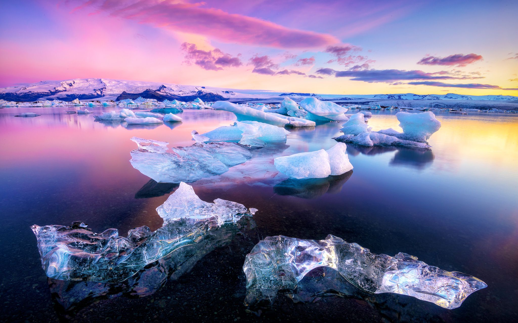 Colors of Jokulsarlon