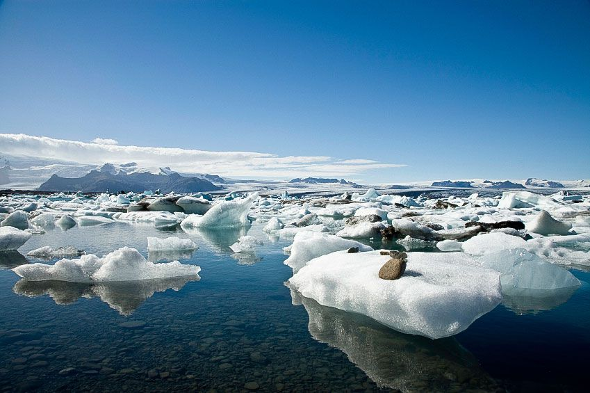 the Jökulsárlón lagoon filled with ice