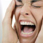 كيف تتحكمين في غضبك عند التعامل مع طفلك