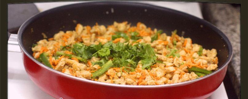 طريقة تحضير ميني كودو الدجاج Add-Vegetables.jpg