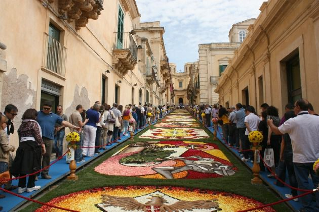 Every third Sunday of May Noto