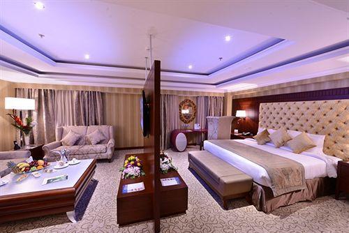 غرفة مزدوجة فاخرة في فندق ميلينيوم العقيق بالمدينة المنورة