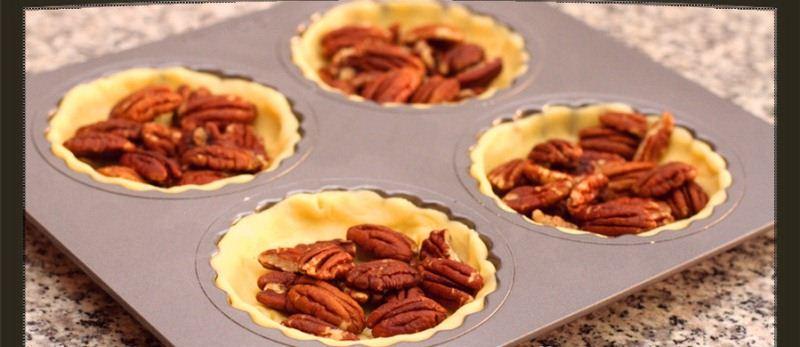 فطيرة الجوز البسيطة Put-walnuts.jpg