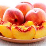 أضرار الاسراف من فاكهة الخوخ