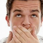 رائحة الفم الكريهه مؤشر لمشاكل صحية أكثر خطورة