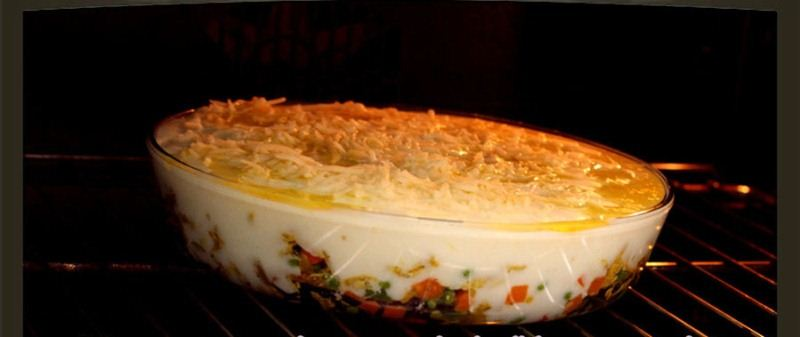 الدجاج بالباشميل وصفة أروع Bake-Chicken-tray.jp