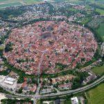 أغرب الاشياء : بلدة نوردلنجن في ألمانيا تم تشيدها بالكامل داخل حفرة نيزك