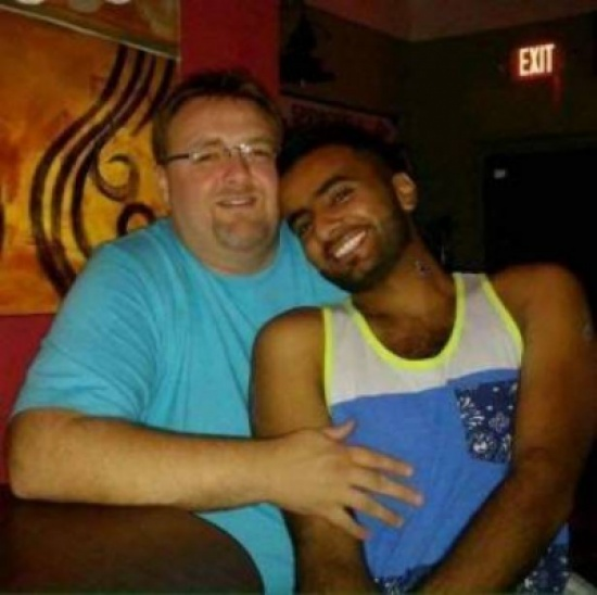 زواج مثلي السعودي احمد الدوسري يتزوج من امريكي المرسال
