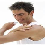 هل يدل ألم الذراع الأيسر على مرض بالقلب ؟