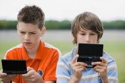 دراسة: ألعاب الفيديو مهدئات للأطفال %D8%A7%D9%84%D8%B9%D8%A7%D8%A8-%D8%A7%D9%84%D9%81%D9%8A%D8%AF%D9%8A%D9%88-%D9%85%D9%87%D8%AF%D8%A6%D8%A7%D8%AA
