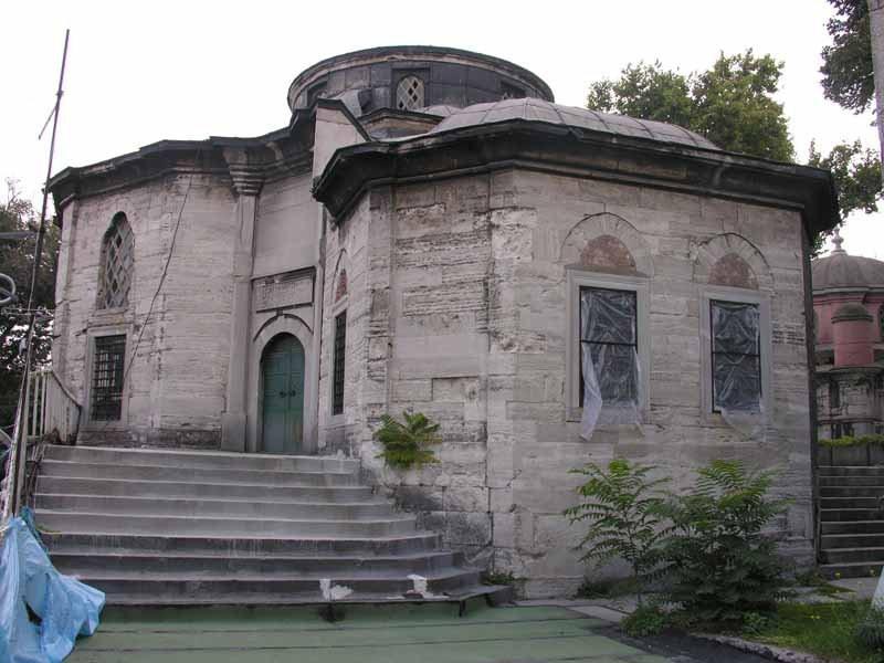 كلية النور العثمانية