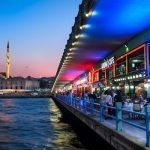 المتعة والترفيهة في منطقة كاراكوي في مدينة اسطنبول