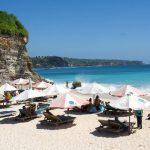 شاطئ دريم لاند السياحي في جزيرة بالي