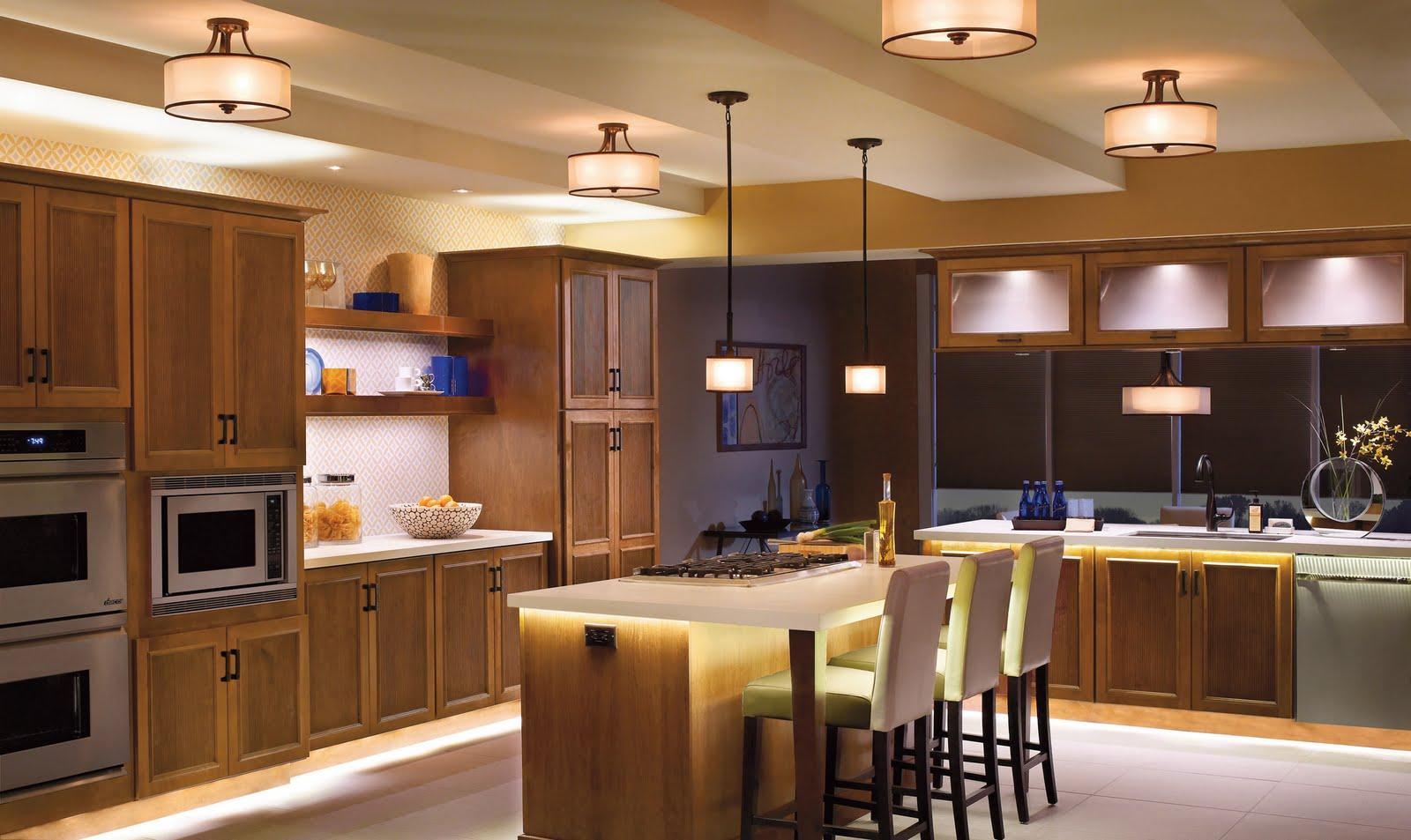 اضاءة المطبخ في المنزل العصري