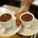 دراسة : القهوة ترفع ضغط الدم وتزيد الكولسترول الضار