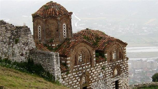 معالم ألبانيا
