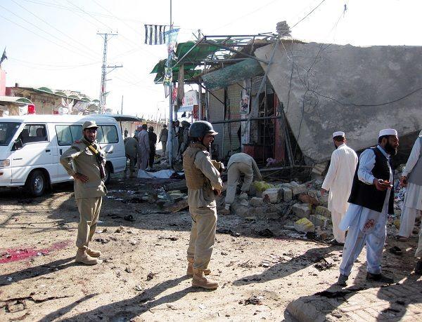 هجوم انتحاري بباكستان اثناء صلاة الجمعة